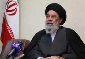 امام جمعه اصفهان: اگر فردی ۳ هفته نمازجمعه را ترک کرد، باید خانه اش را خراب کرد